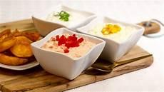 dips für raclette 3 schnelle dips f 252 r raclette und fondue