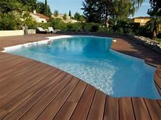 bois pour piscine quel rev 234 tement de sol pour les abords d une piscine