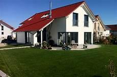 Architektenhaus In Massivbauweise Nach Kfw70 Standard