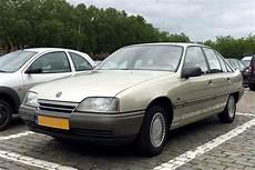 Opel Omega A - in het opel omega a autoweek nl