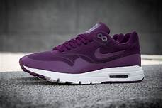 nike wmns air max 1 ultra moire mulberry 704995 500