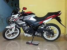 Modifikasi Motor Honda Cb150r by Motor Honda Modifikasi Cb150r Minimalis Fairing Ceper