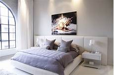 schlafzimmer leinwand chic montreal penthouse by julie charbonneau