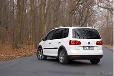 2014 Volkswagen Touran Ii Cross Pictures Information