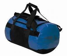 sporttasche als rucksack trendige sporttasche rucksack 2 in 1 messenger style lkw