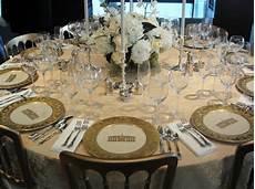 come posizionare i bicchieri a tavola come preparare la tavola a natale chiccherie
