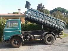 macchine dimensioni autocarro 3 assi di seconda mano a cassone mitula auto