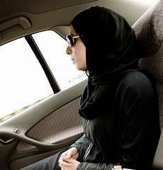 arabie saoudite femme conduire mouvement en arabie saoudite les femmes s octroient le
