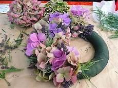hortensien gesteck selber machen hortensienbl 252 te haltbar f 252 r gesteck haus garten forum