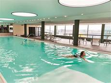 Frankfurt Swimming Pool - hotel at frankfurt airport booking for