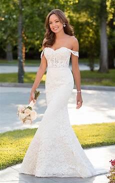 The Shoulder Wedding Dress