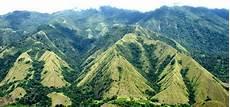 Gunung Nona Di Enrekang Sulawesi Selatan Mangreza