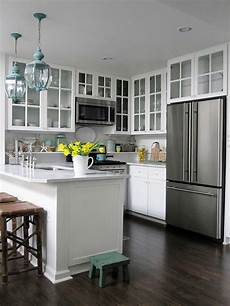 Decorating Ideas For Small Kitchen by Small Kitchen Decorating Ideas For Home Staging