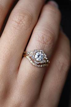 lilly flower unique diamond engagement ring jewelry in 2019 wedding rings vintage unique