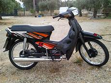 Striping C70 Modif by Lawas Modif Striping Honda Astrea Grand Sang Sesepuh