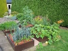 jardin carré potager potager en carr 233 design chez vous potager en carr 233