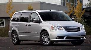 2020 Chrysler Town And Country Review Ratings Specs