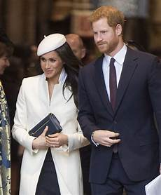 meghan markle prince harry prince harry and meghan markle aren t signing a prenup