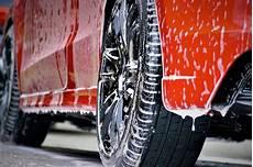 lavage auto nantes faire laver sa voiture pendant parking a 233 roport de nantes