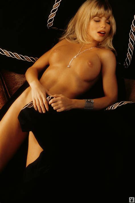 Eva Marie Nude