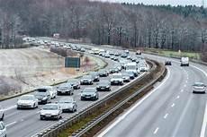 Schon Wieder Mega Stau Auf Der A4 In Richtung Dresden