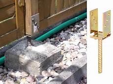 zaunpfosten einbetonieren ausrichten zaunpfosten einbetonieren richtig setzen bauen de