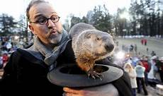 groundhog day 2019 when does the groundhog emerge on groundhog day how does it work world