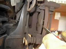changer plaquette de frein arriere changement c4 plaquettes de frein arri 232 re