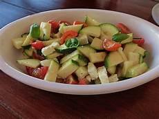 zucchini tomaten salat zucchini tomaten salat grisu022 chefkoch de