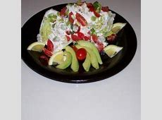 basic bleu cheese salad wedge_image