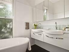 Queenslander Bathroom Ideas by Stunning Sunday The Queenslander En Suite
