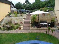 terrasse mit hang terrasse und teich in den hang gebaut userprojekte