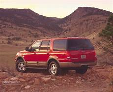 how to learn about cars 2002 ford expedition auto manual ford expedition 2002 2003 2004 2005 2006 autoevolution