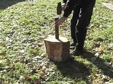 de bois fendre un billot de bois au coin et 224 la masse