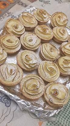 benedetta fatto in casa crostatine di crema di mele ricetta video crostatine di crema e mele fatto in casa da benedetta rossi ricetta crostatine idee