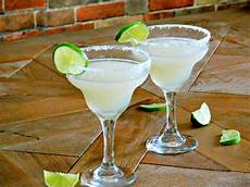 margarita simple syrup classic blended lime cocktail