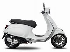 vespa primavera quot sport quot 150 iget abs scooter central