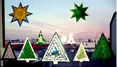 Christbaumkugeln Aus Tonpapier Als Girlande Weihnachten