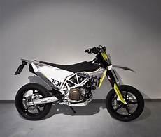 details zum custom bike husqvarna 701 supermoto des
