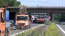 A9 Unfall Heute - zwei schwere lkw unf 228 lle auf der a9