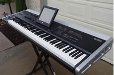 Korg Oasys 88 Keyboard Synthesizer Excellent Used 88 Key