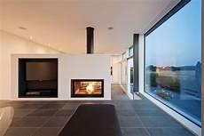 Wohnzimmer Mit Kamin Und Fernseher - bauhaus look wohnbereich
