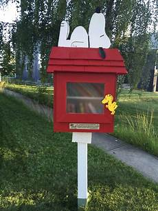 snoopy dog house plans calling all snoopy fans snoopy s doghouse has been turned