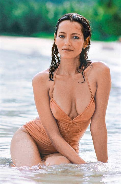 Barbara Carrera Nude