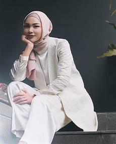 Model Jilbab Pernikahan Untuk Wajah Bulat Seputar Model