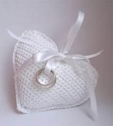 cuscino cuore uncinetto cuscino porta fedi uncinetto made by me
