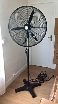 Ventilateur Industriel Gros D 233 Bit