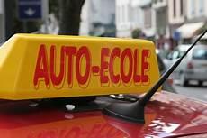 Permis De Conduire Changer D Auto 233 Cole Pratique Fr