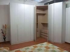armadi con cabina ad angolo da letto con cabina armadio ad angolo