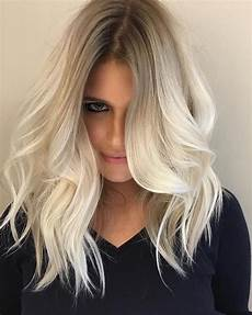 10 cute medium hairstyles with gorgeous color twists medium haircut 2020